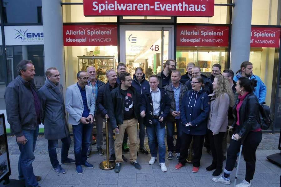 Spiele Weihnachtsfeier Betriebsfeier.Idee Spiel Hannover Firmenevents Weihnachtsfeier